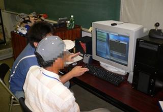 高齢ドライバの視覚機能計測